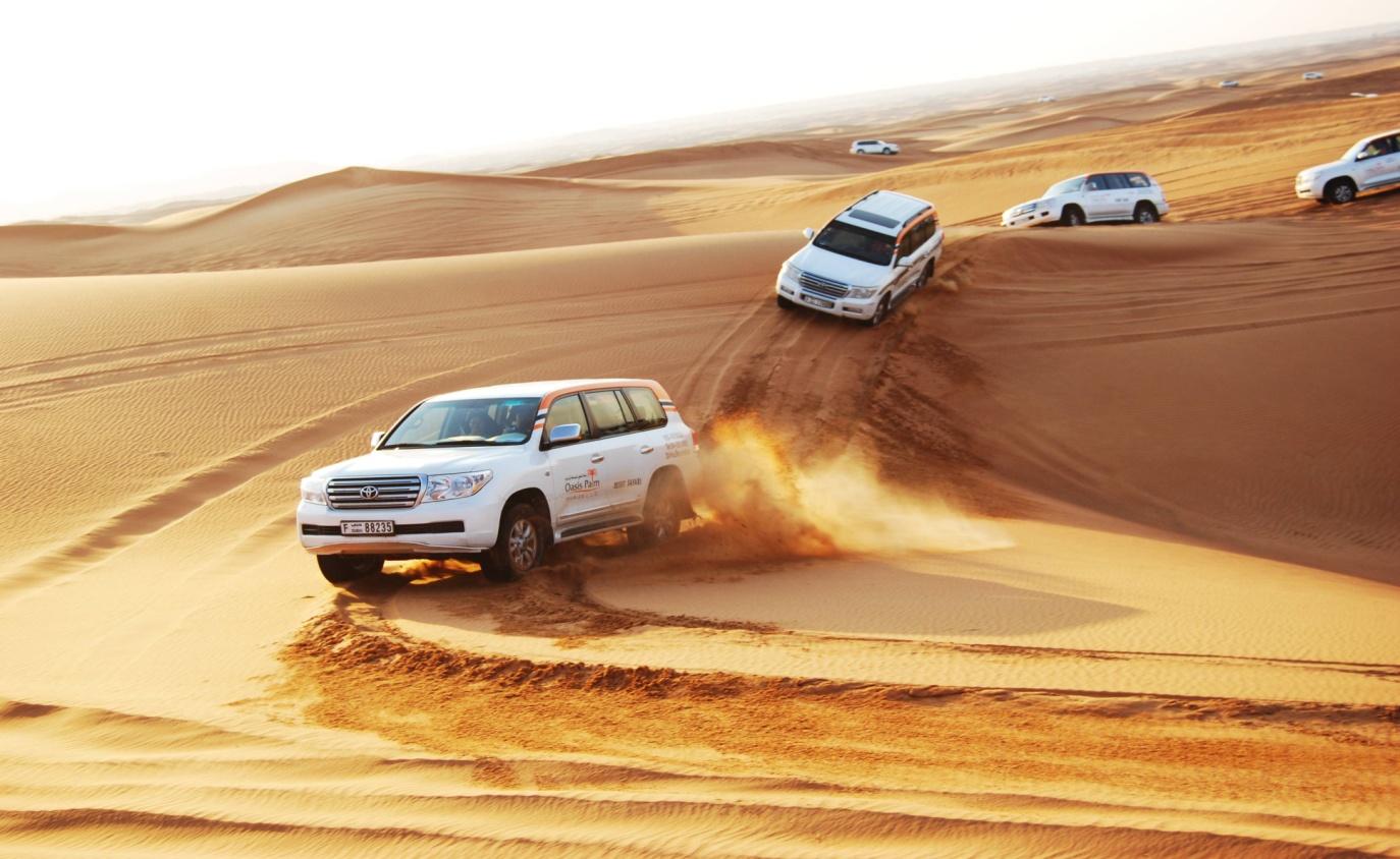 Arabian desert in Dubai - TripJohn