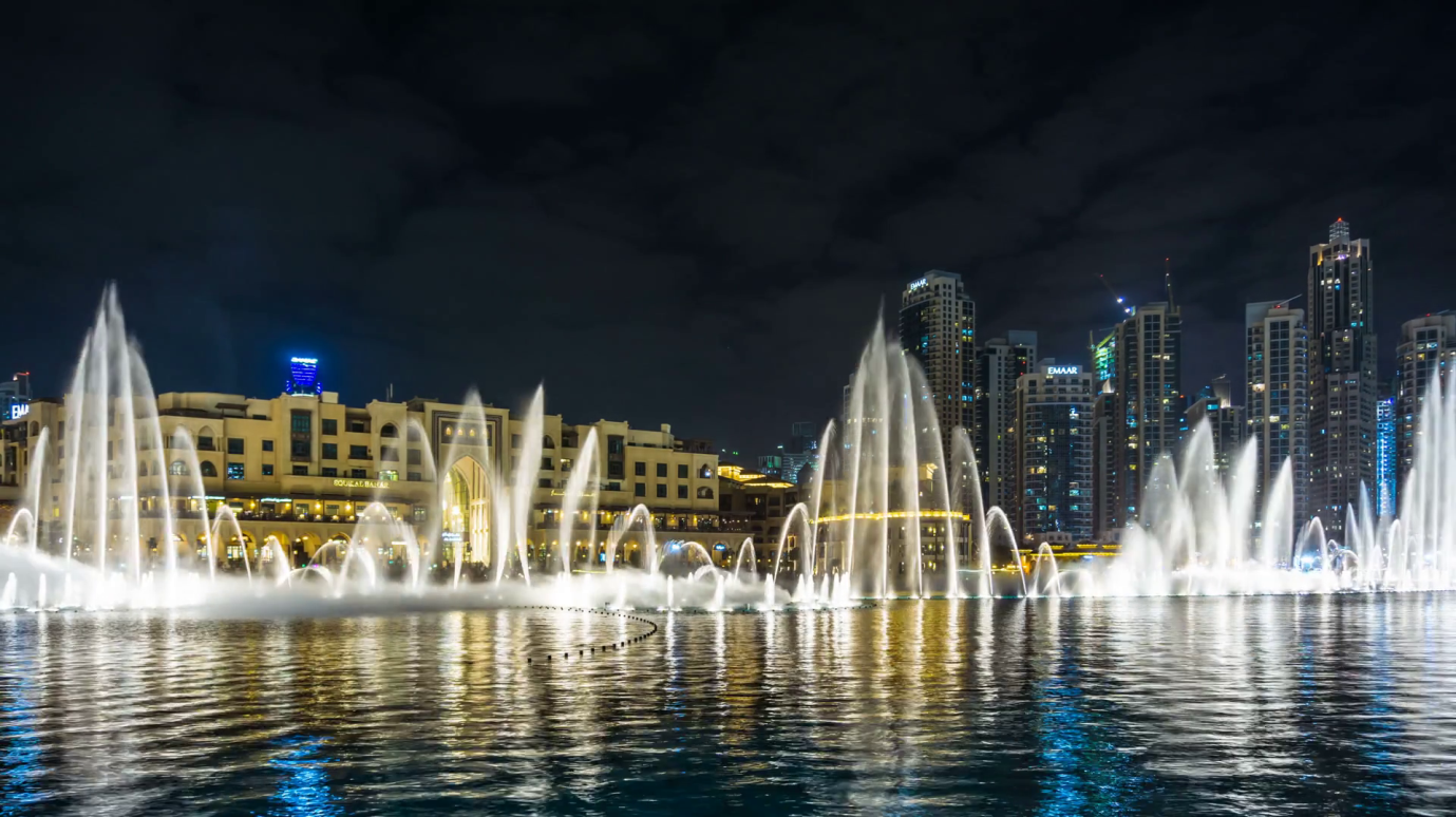 Dubai fountains- TripJohn